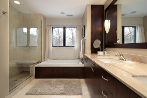 3 Reasons to Trade Your Shower Curtains for the Spa-Like Feeling of Glass Panels - House of Mirrors - Mirrors and Glass Calgary